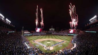 Cubs Beat Dodgers 3-2 in Home Opener