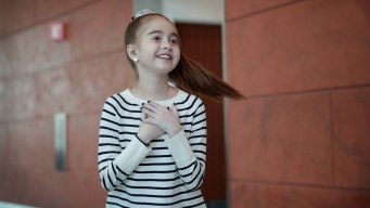 Girl Who Got New Heart Pays it Forward