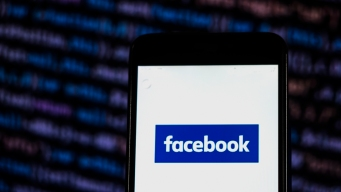 Facebook Tries to Explain Why Companies Could Erase Messages
