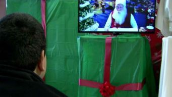 Chicago Hospital Uses Technology to Bring Santa Claus to Kids