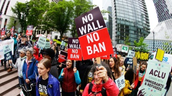 US Judge Opens Door for Thousands to Apply for Asylum<br /><br />