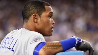 Cubs' Russell Tears Up Thinking About 2016 Accomplishments