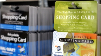 Report Names Most Popular Holiday Gift Cards