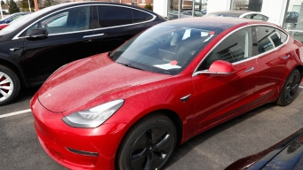 Consumer Reports Won't Recommend Tesla's Model 3