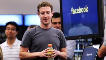 Zuckerberg Surpasses Kochs on Bloomberg Billionaire List
