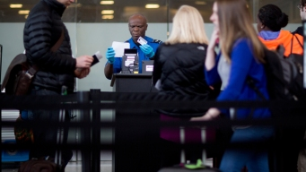 Investigation Uncovers Number of Security Breaches at Chicago Airports