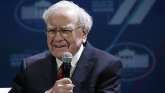 Buffett's Firm to Buy Majority of Pilot Flying J Truck Stops