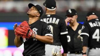 Twins Beat White Sox 5-3, Open 5-Game AL Central Lead