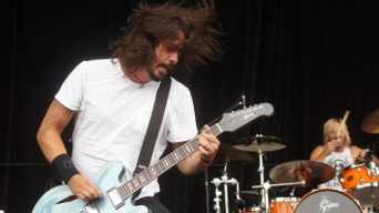 Foo Fighters To Play Cubby Bear on Friday