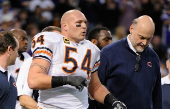 Why Did Bears Keep Urlacher's Knee Injury Secret?