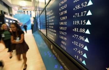 Groupon's Stock Falls as Revenue Rises