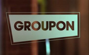 Two Top Groupon Execs Get Stock Bonuses