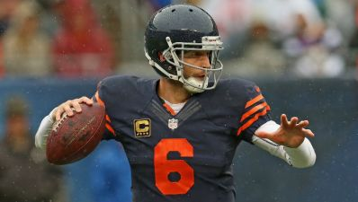 Linebackers, Cutler Contribute to Bears Win