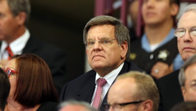 Wirtz's Hawks Ownership Put Under Microscope