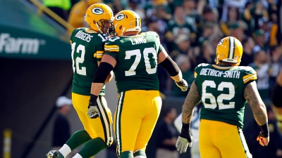 Injuries Can't Slow Down Vaunted Packers' Offense