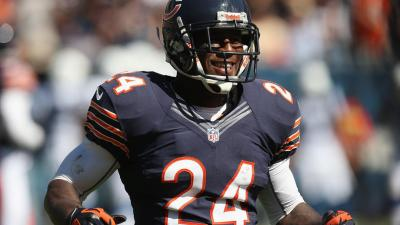 Bears Re-Sign Hayden to One Year Contract