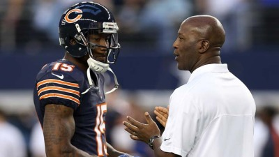 Smith, Bears Not Worried About Contract Yet
