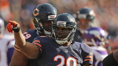 Bears Shelve Bush, Sign Bell in Latest Blow to Offense