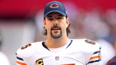 Reports: Mannelly Will Either Play for Bears or Retire
