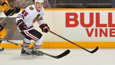 Blackhawks Tame Predators 3-1
