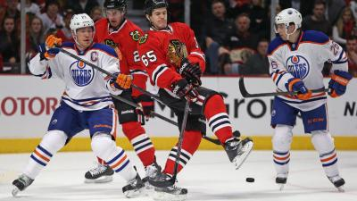 Three Stars: Hossa Celebrates Birthday in Style