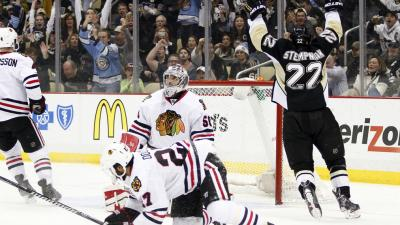 Penguins Dump Blackhawks 4-1