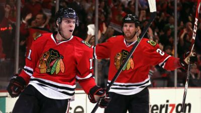 Blackhawks Blast Blues 4-2 Sunday