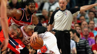Wizards Rally Past Bulls 102-93 in Playoff Opener