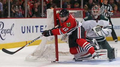 Blackhawks Beat Wild 2-1 Sunday Night