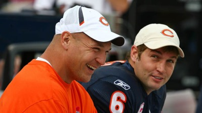 Bear Bites: Urlacher Backs Cutler