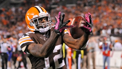 Browns' Gordon in Minor Car Crash