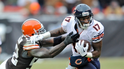 Jeffery Excels in All Areas As Bears Offense Shines