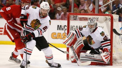 Hawks Drop Game 3 in Detroit