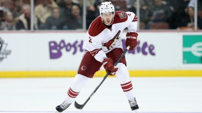 Blackhawks Acquire Rundblad, Brisebois from Coyotes
