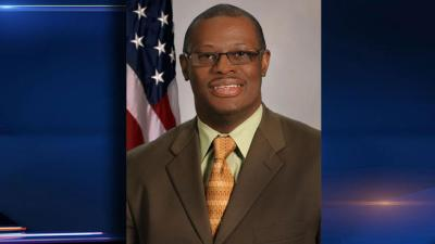 New Lawmaker Sworn in to Replace Derrick Smith