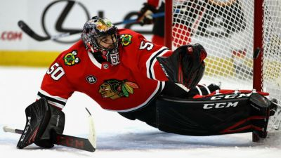Monahan, Smith Lead Flames Past Blackhawks