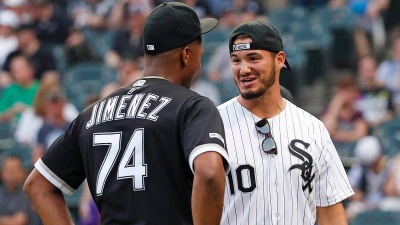 Trubisky, Bears Take in White Sox Game Friday