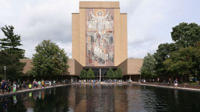 Notre Dame Will Host Part of Blackhawks' Training Camp