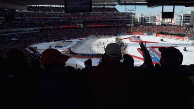 Blackhawks to Appear on 'Road to the NHL Outdoor Classics'
