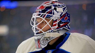 Forsberg Unveils Sweet New Blackhawks Mask