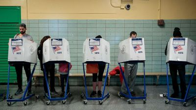 Bill Taking Illinois Out of Voter Registration System Vetoed