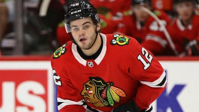 Blackhawks Pair Up DeBrincat, Toews at Practice