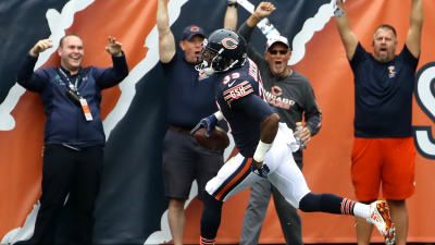 Jackson's 2 Defensive TDs Lead Bears Past Panthers 17-3