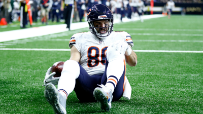 Zach Miller Suffers Gruesome Injury in Game vs. Saints