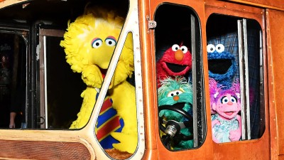 'Sesame Street' Muppets Taking Show on the Road This Summer
