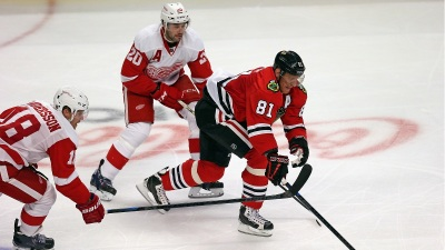 Blackhawks Fall to Red Wings, 4-1