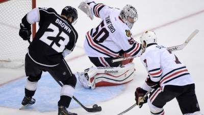 Kings Beat Blackhawks 5-2