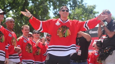 Hawks Headlines: Oduya, Hossa Celebrate with the Cup
