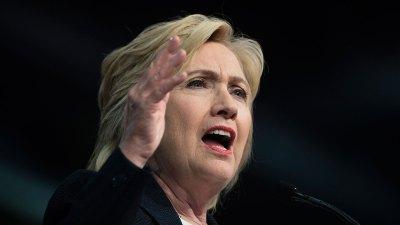 Clinton Slams Trump's Running Mate on Twitter
