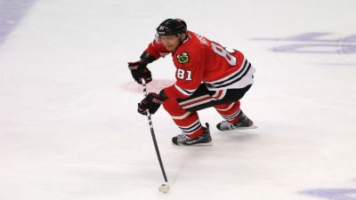 "Three Stars: Kane and Sharp Get a ""Pat-Trick"" in Hawks Win"